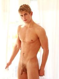 Hot blond jock Dolph Lambert